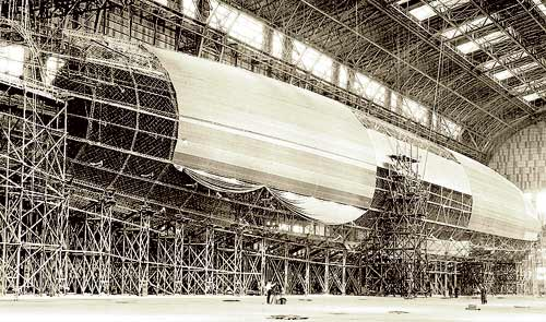 USS Shenandoah under construction at Lakehurst, NJ