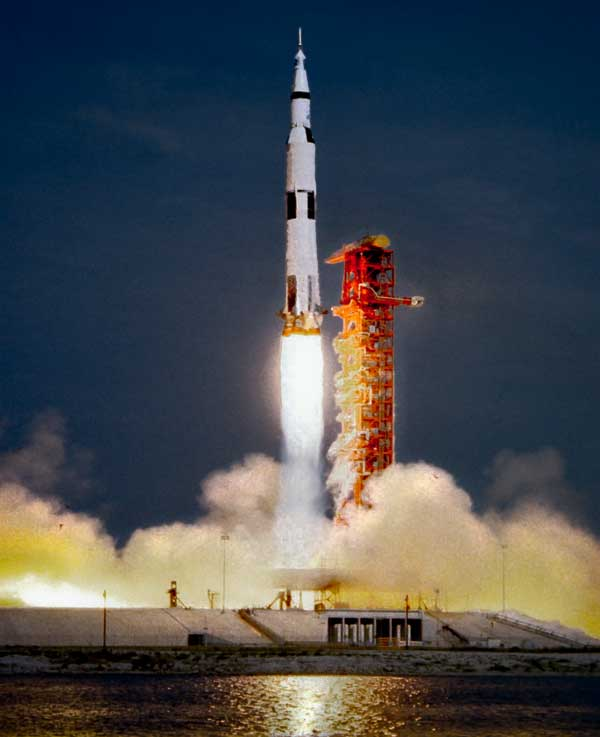 neil armstrong taking off - photo #10